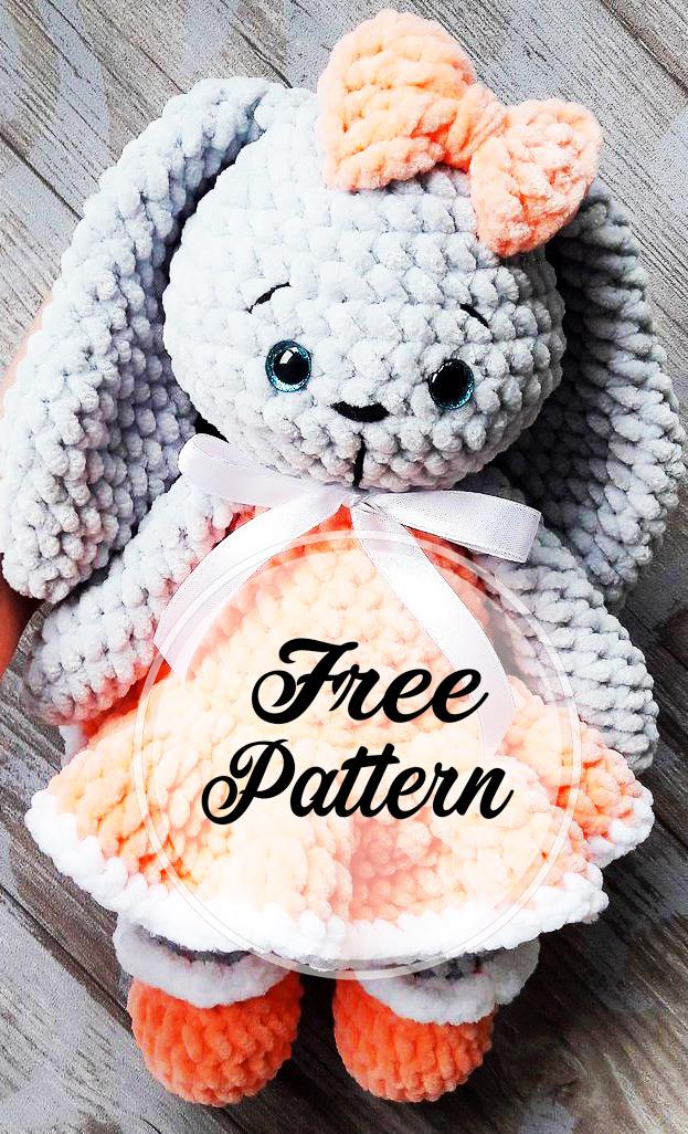 lapin-en-peluche-dans-la-robe-amigurumi-modele-de-crochet-gratuit